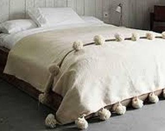 moroccan pom pom blankets,throw blankets,bedspread,moroccan bedding,berber blankets,bohemian blanket