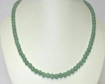 Green aventurine Necklace, Bracelet and Earrings