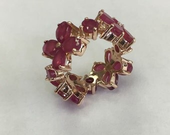 14k rose gold ring with rubies