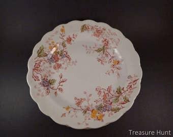 Vintage dinner plates, set of 4