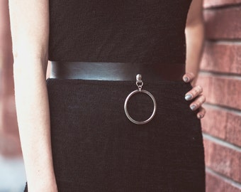 Simple Ring Belt - Black Leather Belt with Metal Ring