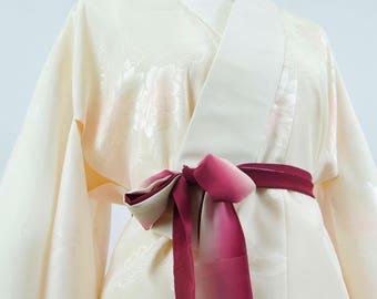 Vintage Silk Kimono Robe - Women's Clothing/silk robe/ivory robe/kimono jacket/dressing gown/boho kimono/floral robe/coverup/kimono cardigan