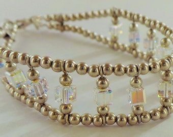 Silver bracelet with silver balls