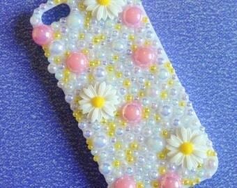 White Daisy Decoden Phone Case