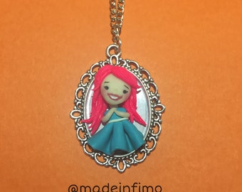 Necklace baby doll on cameo