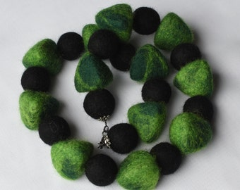 Green and black felted necklace