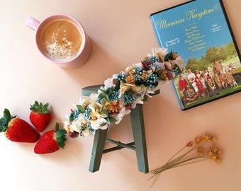 Tocado de flores preservadas LAYLA // Naturally preserved flowers headpiece