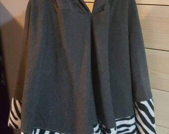 Girls/ladies fleece lined hooded poncho