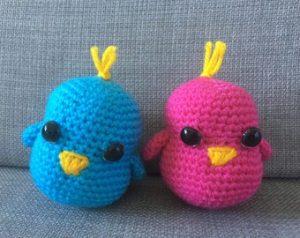 Crochet lovebirds amigurumi (pair)