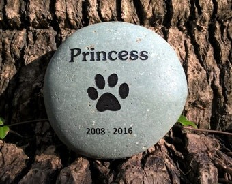 CUSTOM ENGRAVED STONE Personalized Pet Memorial stone