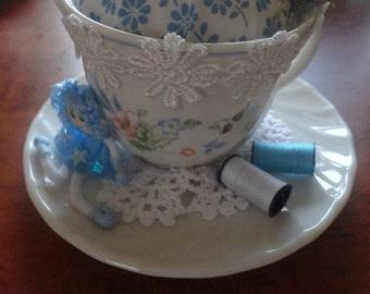 Tea Cup Pin Cushion.