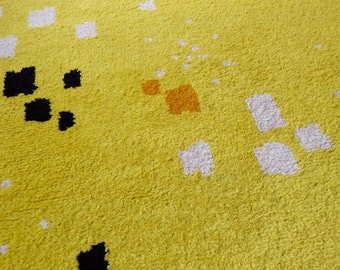 Carpet 1.50 x 2.00 m, yellow, modern, hand knotted, design: unique