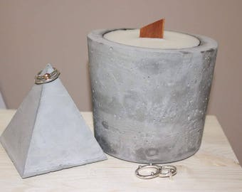 XL Concrete Candle with Wood Wick