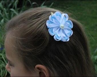 Blue and White Satin Flower Hair Clip, Kanzashi Flower,  Hair Clips, Baby Girl Hair Bow, Wedding Hair Bow, Baby Photos, Hair Accessories.
