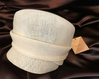 Vintage Women's White Straw Cloche Fall Hat