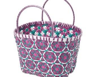 Picnic basket, lilac, white