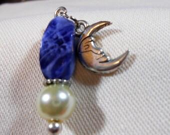 Stickpin with blue sodalite bead