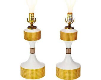 Pair of MCM Mid Century Modern Ceramic Table Lamps with Center Rotary Switch