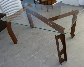 Table with steel beams
