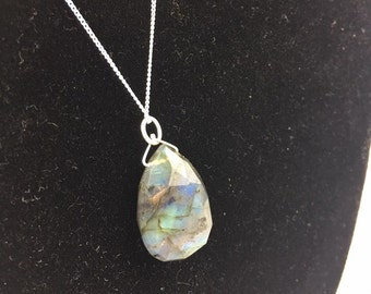 REAL Labradorite Pendant and Sterling Silver 925 18inch Chain