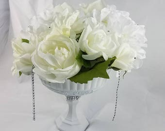 White Pedestal Vase Centerpiece, Floral Wedding Centerpiece, White Wedding, Floral Centerpiece,Home Decor, Table Decor, White Decor, Bridal