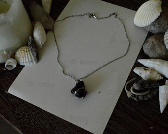 Rough Obsidian Necklace// Gemstone Necklace// Witchcraft Jewelry// Wicca// Magick