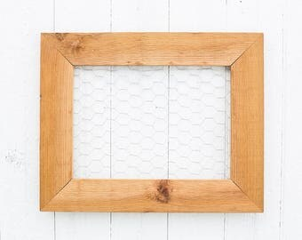 Chicken Wire Frame | Jewelry Organizer | Photo Display | Memo Board | Farmhouse Wall Decor | Rustic Wood Frame