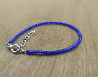 Blue single layer seed bead bracelet