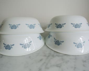 Vintage CORELLE Cereal Soup Bowls Blue Hearts Set of 4