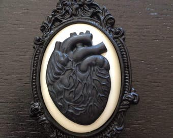 Gothic anatomical heart cameo necklace
