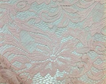 Creme Ivory Lace With Repeat Motif, Ivory Lace Sold By the Yard