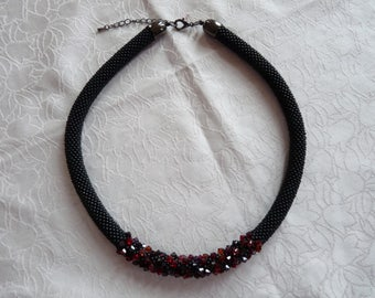 crochet Pearl necklace, Roccailles, Swarovski crystals, glass bead art