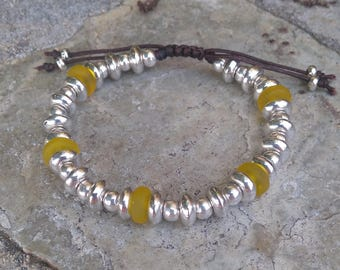 Beaded bracelet silver and yellow Crystal