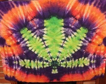 Pot leaf tie dye