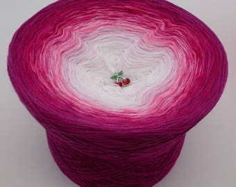 Lady Dee's Traumgarne - Heiße Kirschen - Raspberry outside  - 4 ply gradient yarn, 8 colors, Color Changing Yarn