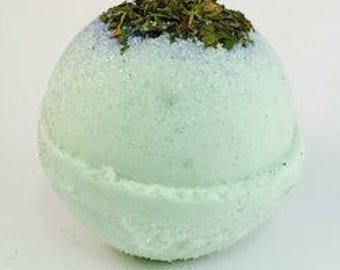 Cool Mint Scented Bath Bomb