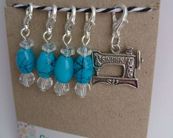 Metal charm & turquoise beads crochet stitchmarkers. Progress keepers. Knitting. Handmade. Silver plated. Singer sewing machine. Tibetan.