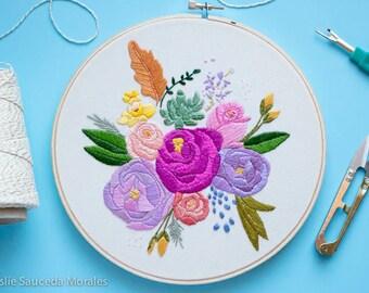 Mixed FLOWER EMBROIDERY Bouquet Hoop Art