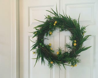 Little touches of yellow wreath