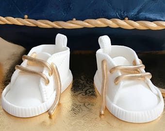 Fondant Baby shoes cake topper