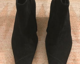 Robert Clergerie 8.5/9 pointy suede boot