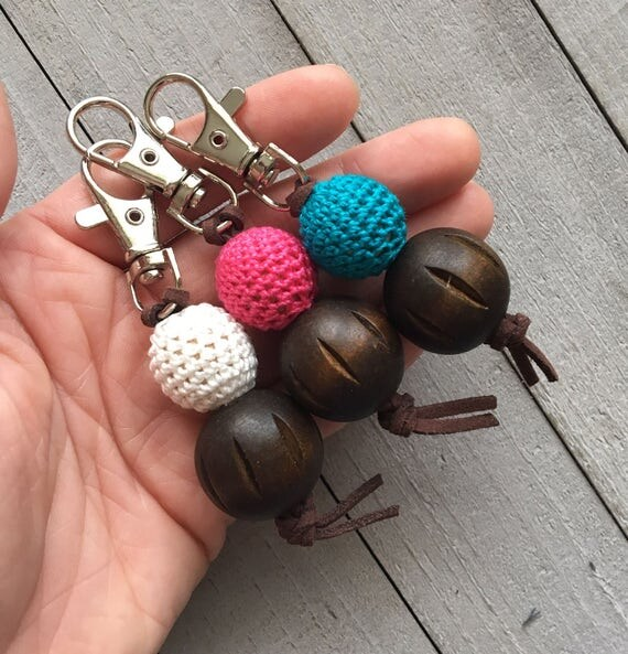 Purse Charm Zipper Pull Charm Handbag Charm Bag Charm//Crocheted and Wooden Bead//Choose Your Color//Handmade Gift for Her