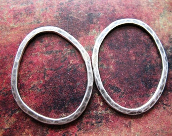 Hammered Organic Oval Links in Antiqued Sterling - 1 pair - 30 by 23mm - 14 gauge