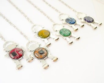 Circuit Board Robot Necklace - Geeky Necklace - Robotics Jewelry - Geeky Gift For Her