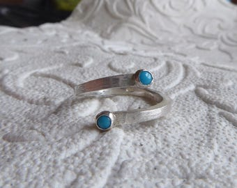 You and Me, brushed Sterling silver ring with 2 turquoise cabochon gemstones - open ring in silver 925 with mini cabochon gemstones