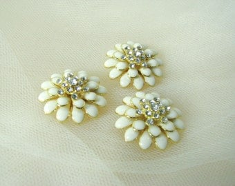 Ivory and gold enamel flower bead, spacers or sew on, rhinestones, jewerly supplies, DIY wedding brooch bouquet, hair piece, bridal jewelry