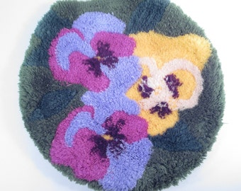 Vintage shag toilet cover, pansy flower bathroom decor, shag rug style toilet seat cover, green purple yellow