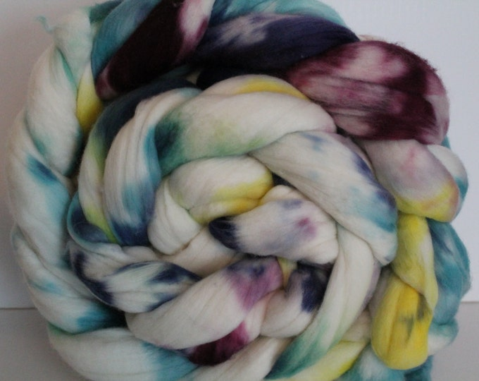 1lb. Super Fine Merino Wool Roving. Top. Spin. Felt. Super Soft. Kettle Dyed. 19 Micron Count. M49