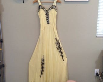 Vintage 40s yellow tulle costume gown ~ party dress ~ antique ~ carnival