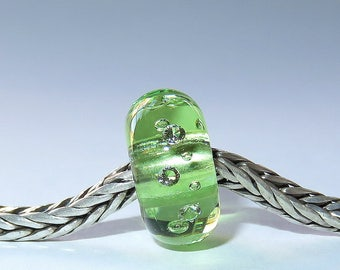 Luccicare Lampwork Bead - Spring Green Diamonds - Lined with Sterling Silver
